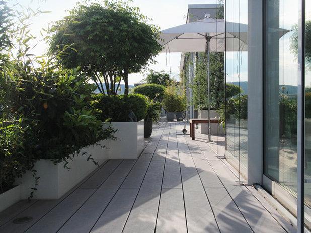 Modern  by Eberhard Horn Designgruppe