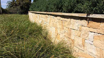 Colonial Walling