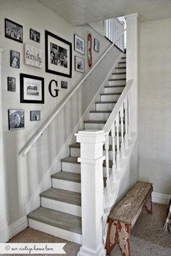 Des Photos Pour Vous éclairez, Escaliers Peints En Blanc Ou En Gris, Dessus  De Marche Bois Ciré Ou Peints En Gris Murs Ton Lin Ou Gris Clair Ou Blanc  Cassé.