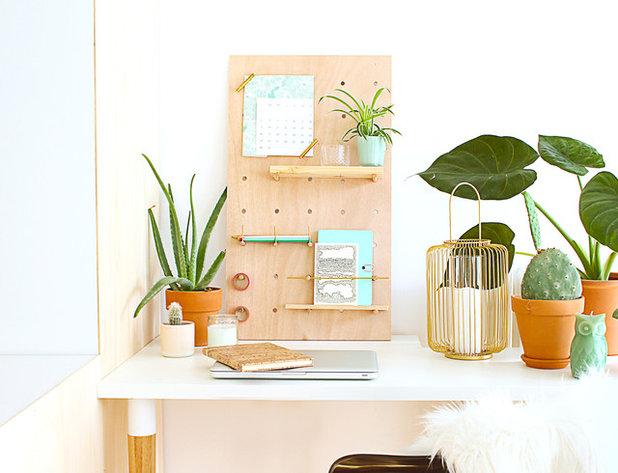 Diy un peg board en bois pour organiser son bureau