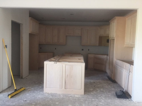 Kitchen Walls The Same Color As, Should Kitchen Cabinets Be Darker Or Lighter Than Walls
