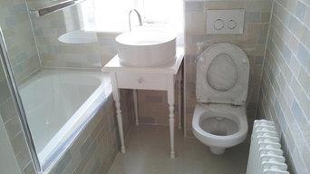 North London Cramped Toilet