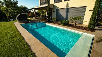 Poolbau in den bestehenden Garten integriert