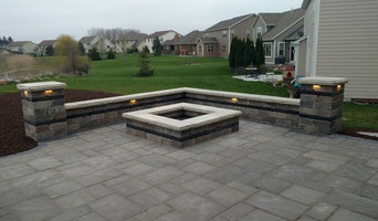 Patio, Fire pit, and Seatwalls