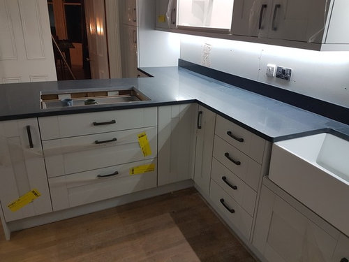 Splashbacks To Go With Polished Silestone Charcoal Soapstone