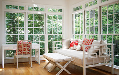 Readers' Most-Loved Spots: 14 Indoor and Outdoor Rooms With Views