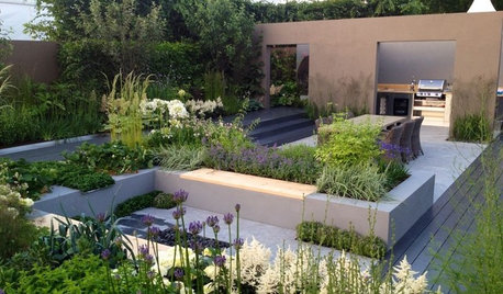 10 Ideas to Bring New Levels to Your Flat Garden