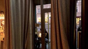 Filzvorhänge im Restaurant / Kneipenvorhang gegen Zugluft