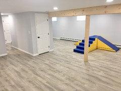 LifeProof vinyl flooring: 1) GREY Sterling Oak vs 2) WHITE Ocala Oak?