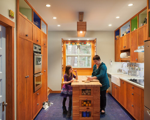 Midcentury modern kitchen pictures - Inspiration for a 1960s cork floor and  blue floor kitchen remodel