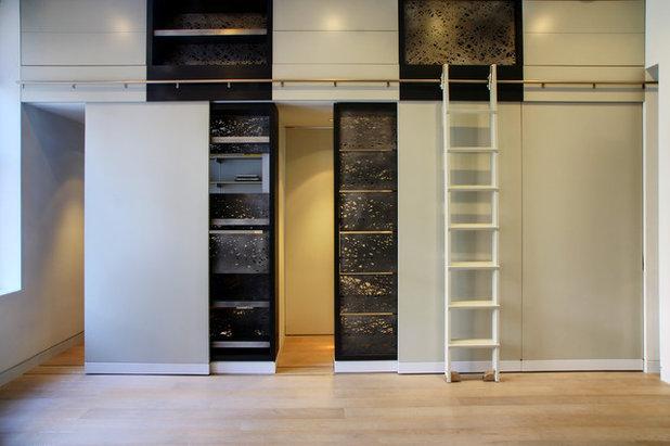 shhh it 39 s a secret door room staircase. Black Bedroom Furniture Sets. Home Design Ideas