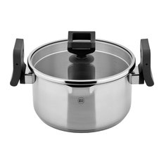 """8"""" Lift and Pour Pasta Stock Pot in Stainless Steel, 2-Liter"""