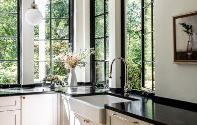 Kitchen of the Week: Superstar Windows Let In Forest Views