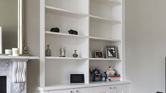 Traditional alcobe fitted bookcases