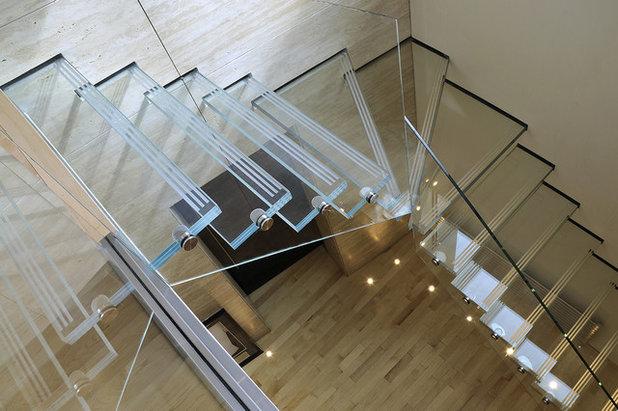 Modern Staircase by Elite Metalcraft Co. Ltd