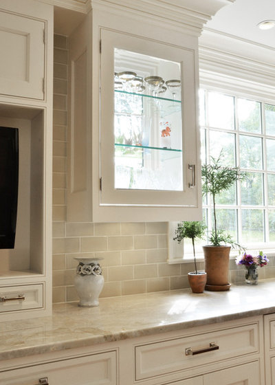 Traditional  by Studio Dearborn