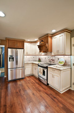 how to clean white kitchen cabinets are white or white kitchen cabinets to keep clean 8590