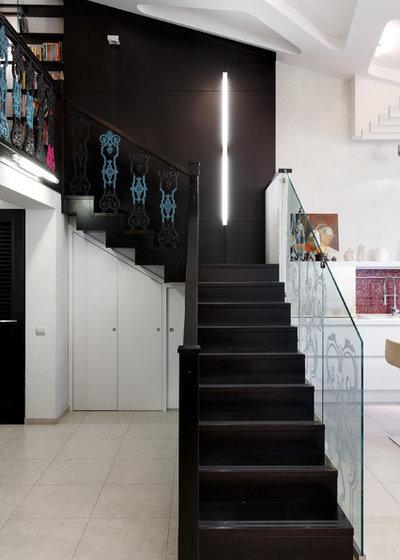 Éclectique Escalier by Архитектурная студия 2+2
