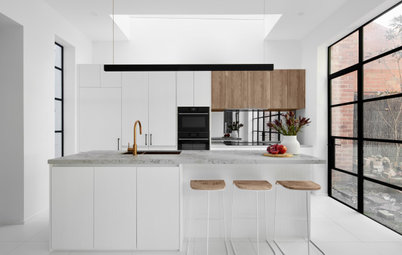 Room of the Week: A Modern-Heritage Kitchen in Black and White
