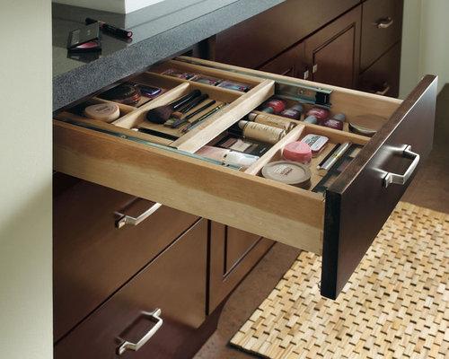 Makeup organizer design ideas remodel pictures houzz - Bathroom vanity drawer organizers ...
