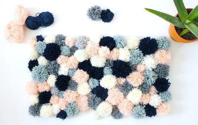 DIY : Fabriquez un tapis en pompons pour une déco cosy cet hiver
