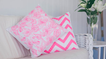 Peonie Square/Chevron Cushion - pink
