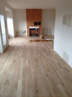 Prefinished Or Site Sand Finish Hard Woods Are Oak Floors Out Of Date