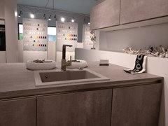 Bodenbeläge / Küche in Betonoptik