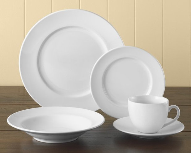 Traditional Dinnerware Sets by Williams-Sonoma & Guest Picks: White Dinnerware for the Holidays and After