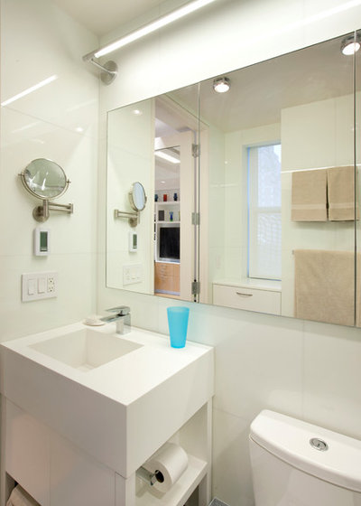 Houzz Tour: Ease and Comfort in 340 Square Feet