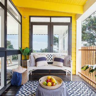 Beach style verandah in Melbourne.