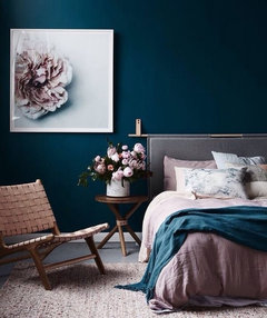 I really want to paint my bedroom a dark teal... Need help..