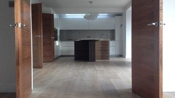 Gray Brushed, Smoked & White Oiled Oak Engineered Woof Flooring
