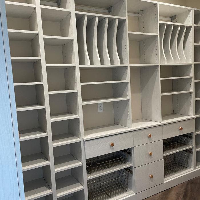 Custom Closet - Pantry