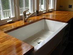 Undermount Sink W Wood Countertops