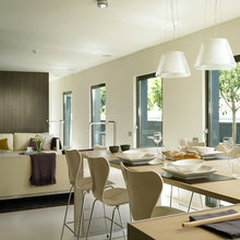 Kitchens and dining by YLAB Arquitectos Barcelona