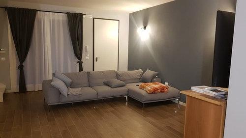 Consiglio per disposizione mobili soggiorno