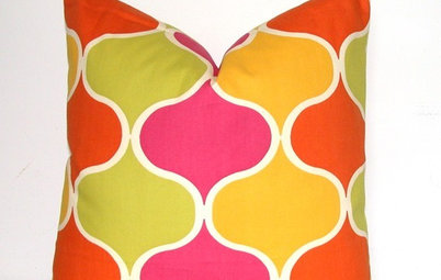 Guest Picks: 20 Spring Pillow Covers