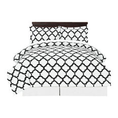 8-Piece Reversible Bed in a Bag With Bed Sheet Set, Black/White, Queen