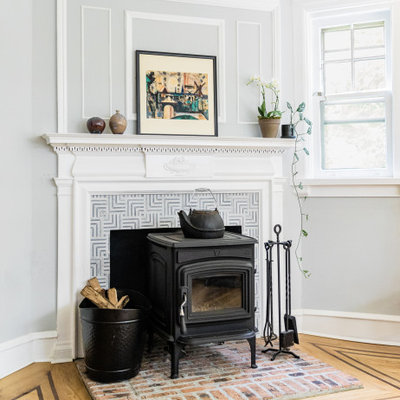 Example of a transitional home design design in Philadelphia