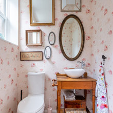 cottage_powder_rooms