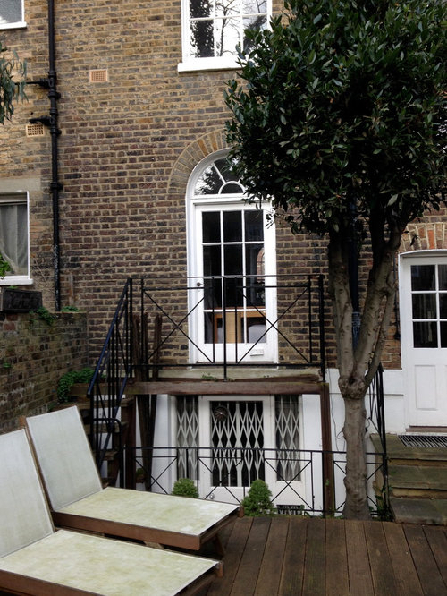 Feature glass balcony islington london for Balcony features