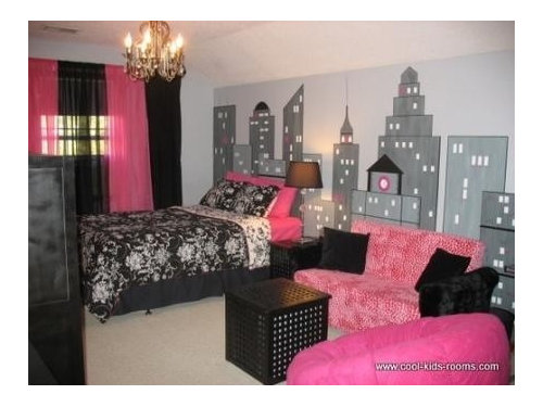New York Themed Bedroom