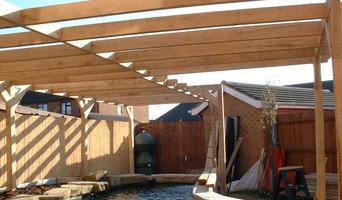 Holbeach Pond, Pergola & Deck