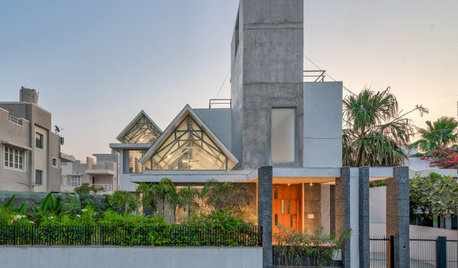 Ahmedabad Houzz: A Gabled House That Is Sculpturally Stunning