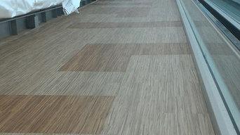 Виниловая LVT плитка на полу и на стенах