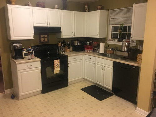 What Color Walls In Kitchen With White Cabinets And Black Appliances