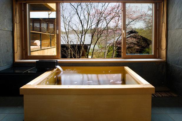 hoshinoya bath sakura seasonjpg