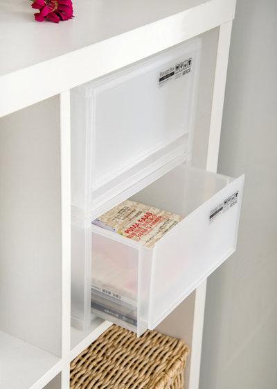 Modern Cabinet Storage Solutions by Citylong Group Pte Ltd