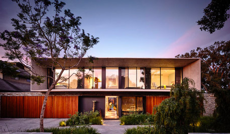 Houzz Tour: A Dream House Built to Stand the Test of Time